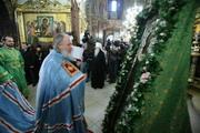 Избранный Патриарх Московский и всея Руси совершил молебен в Успенском соборе Троице-Сергиевой лавры