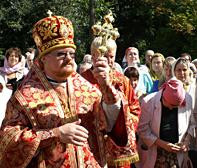 Епископ Бронницкий возглавил Божественную литургию в день престольного праздника храма святых Бориса и Глеба в Зюзино