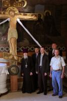 В дар собору святого Саввы в Белграде будет передан резной крест из России