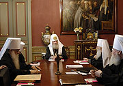 Открылось последнее перед восстановлением единства Русской Православной Церкви заседание Священного Синода