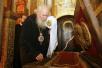 Богослужения в Успенском Патриаршем соборе по случаю 90-летия восстановления Патриаршества в Русской Православной Церкви