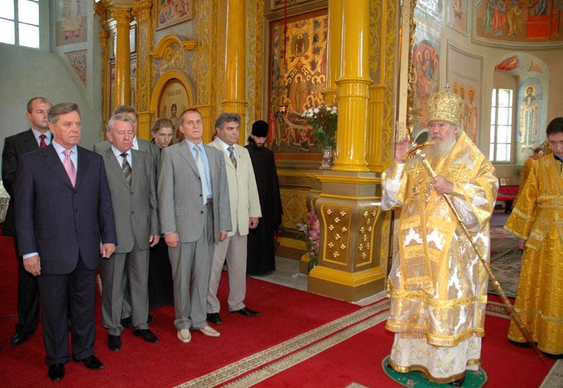 Посещение Святейшим Патриархом Свято-Троицкого Ново-Голутвина женского монастыря в Коломне