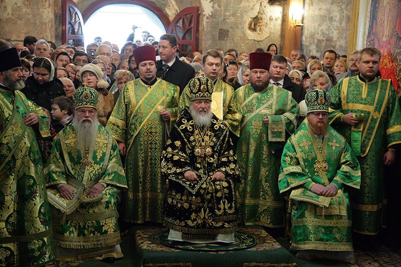 Патриаршее служение в Иосифо-Волоцком монастыре в праздник обретения мощей преподобного Иосифа, игумена Волоцкого, чудотворца