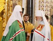 Святейший Патриарх Кирилл вручил митрополиту Крутицкому и Коломенскому Ювеналию орден святителя Иннокентия I степени