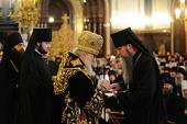 В годовщину интронизации Святейшего Патриарха Кирилла ряд архиереев Русской Православной Церкви удостоены церковных наград