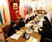 Под председательством Святейшего Патриарха Кирилла в Петербурге открылась очередная сессия Священного Синода