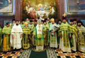 Предстоятель Русской Церкви в праздник Входа Господня в Иерусалим удостоил богослужебных наград ряд клириков города Москвы