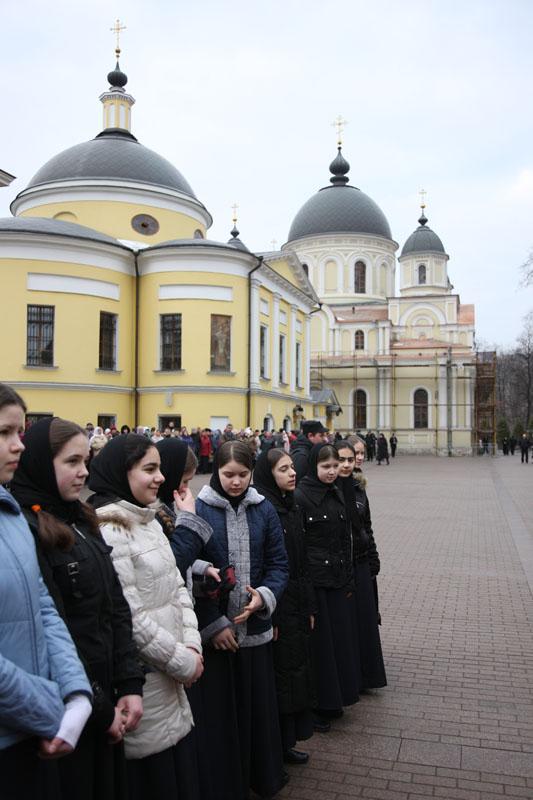 Патриаршее служение в Великий понедельник в Покровском женском монастыре