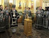 В Великий понедельник Святейший Патриарх Кирилл совершил Литургию Преждеосвященных Даров в Покровском женском монастыре в Москве