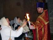 Впервые на Пасху Благодатный огонь принесен в Италию