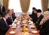 Митрополит Киевский и всея Украины Владимир награжден нагрудным знаком МИД России «За вклад в международное сотрудничество»