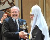 Предстоятель Русской Церкви вручил создателям фильма «Поп» первую Патриаршую премию в области киноискусства