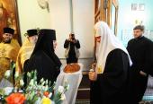 Предстоятель Русской Православной Церкви посетил Иоанновский женский монастырь на Карповке
