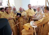 Святейший Патриарх Кирилл совершил чин великого освящения Троицкого собора Болдинского монастыря и первое богослужение в новоосвященном храме
