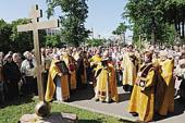 Поклонный крест в память о пострадавших за веру освящен у Князь-Владимирского собора Санкт-Петербурга