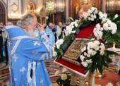 Святейший Патриарх Кирилл совершил молебен перед чудотворной Курской Коренной иконой Божией матери «Знамение» в Храме Христа Спасителя