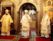 В день памяти святителя Ионы, митрополита Московского и всея России, чудотворца, Святейший Патриарх Кирилл совершил Божественную литургию в Успенском соборе Московского Кремля