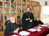 В Сурожской епархии приняты проекты устава епархии и типового устава прихода