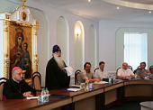 Патриарший экзарх всея Беларуси принял участие в заседании Совета Межконфессиональной миссии «Христианское социальное служение»