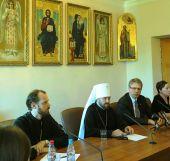 В ОВЦС прошла пресс-конференция с участием митрополита Волоколамского Илариона и генерального секретаря Всемирного Совета Церквей пастора Олафа Твейта