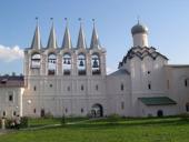 Последнему хранителю Тихвинской иконы выделили участок под строительство дома рядом с Тихвинским Успенским мужским монастырем