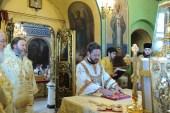 Председатель ОВЦС совершил Божественную литургию на Сербском подворье в Москве