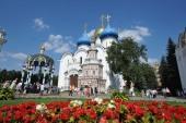 В день памяти прп. Сергия Радонежского Предстоятель Русской Церкви возглавил Божественную литургию в Успенском соборе Троице-Сергиевой лавры