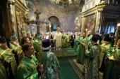 В канун дня памяти преподобного Сергия Радонежского Предстоятель Русской Церкви возглавил всенощное бдение в Троицком соборе Троице-Сергиевой лавры