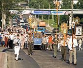 Состоялся традиционный крестный ход вокруг Кишинева