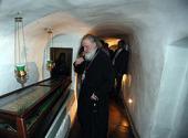 Предстоятель Русской Православной Церкви помолился в Дальних пещерах Киево-Печерской лавры