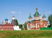 Митрополит Ювеналий совершил первую Божественную литургию в восстанавливающемся Брусенском монастыре г. Коломны