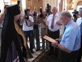 Председатель Совета Федерации С.М. Миронов и архиепископ Белгородский Иоанн посетили Прохоровское поле