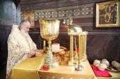 В день преставления и второго обретения мощей святителя Тихона Задонского Святейший Патриарх Кирилл совершил Божественную литургию в Задонском Рождество-Богородицком монастыре