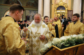 В канун дня памяти святителя Тихона Задонского Святейший Патриарх Кирилл совершил всенощное бдение в липецком кафедральном соборе в честь Рождества Христова