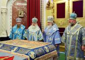 В канун праздника Успения Пресвятой Богородицы Святейший Патриарх Кирилл совершил всенощное бдение в Храме Христа Спасителя