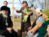 Председатель Синодального отдела по церковной благотворительности посетил пострадавших от пожаров во Владимирской и Нижегородской областях и Мордовии
