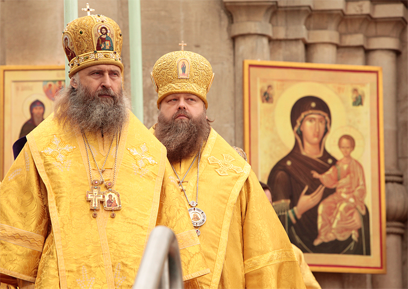 Патриаршее служение в день перенесения из Едессы в Константинополь Нерукотворенного Образа Господа Иисуса Христа в Спасо-Андрониковом монастыре