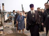 Митрополит Воронежский Сергий посетил села области, наиболее пострадавшие от пожара