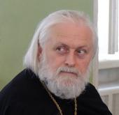 Ректор Московских духовных школ приветствует получение семинаристами образования в Российском православном институте
