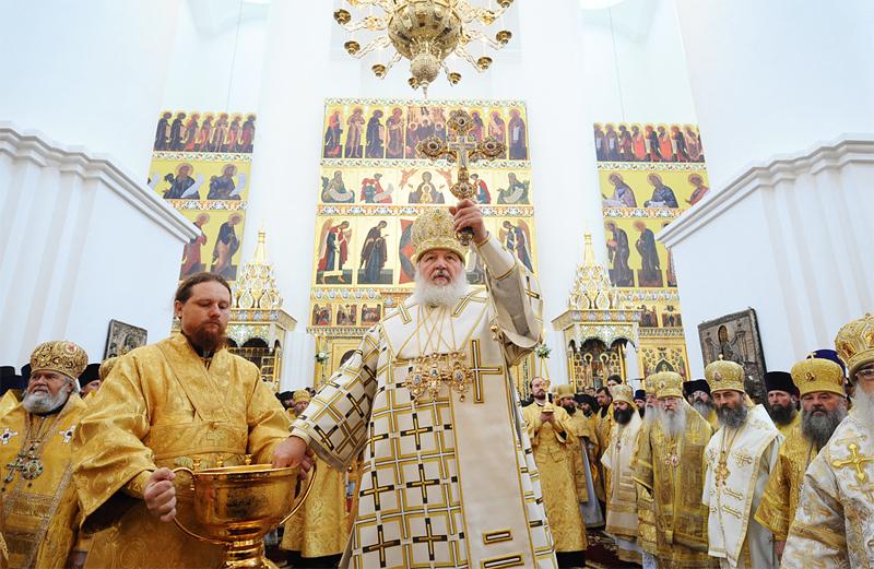 Первосвятительский визит в Ярославскую епархию. Великое освящение Свято-Успенского кафедрального собора города и Божественная литургия в новоосвященном храме
