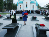 Святейший Патриарх Кирилл почтил память губернатора И.П. Фархутдинова и членов руководства Сахалинской области, погибших в авиакатастрофе 20 августа 2003 года