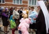 Воронежская и Борисоглебская епархия продолжает оказывать помощь пострадавшим от пожаров