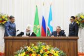 Святейший Патриарх Кирилл и президент Якутии Е.А. Борисов подписали Соглашение о социальном партнерстве между Русской Православной Церковью и Республикой Саха (Якутия)