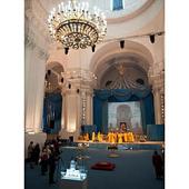 Впервые после многих десятилетий в главном приделе Смольного собора Санкт-Петербурга совершена Божественная литургия