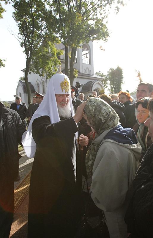 Патриарший визит в Калининградскую епархию. Посещение храма святой равноапостольной великой княгини Ольги в поселке Прибрежный