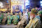 В день преставления преподобного Сергия Радонежского Святейший Патриарх Кирилл совершил Божественную литургию в Успенском соборе Троице-Сергиевой лавры
