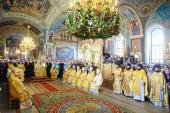 Святейший Патриарх Кирилл совершил Божественную литургию в храме Рождества Пресвятой Богородицы г. Орехово-Зуево