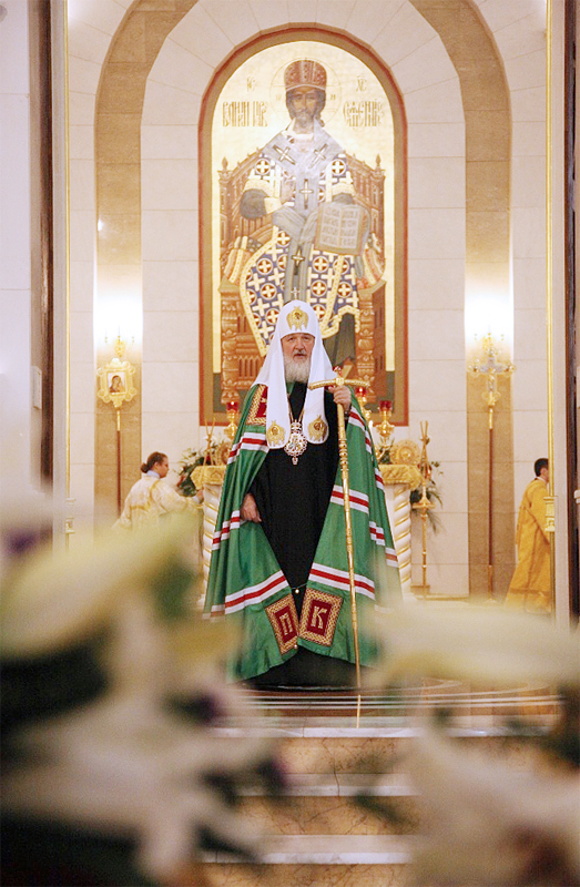 Патриарший визит в Калининградскую епархию. Всенощное бдение в кафедральном соборе Христа Спасителя в Калининграде