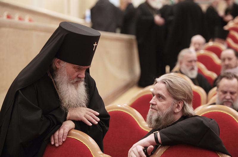 Освященный Архиерейский Собор Русской Православной Церкви. Рабочие заседания