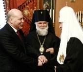 Состоялась встреча Святейшего Патриарха Кирилла с губернатором Иркутской области Д.Ф. Мезенцевым